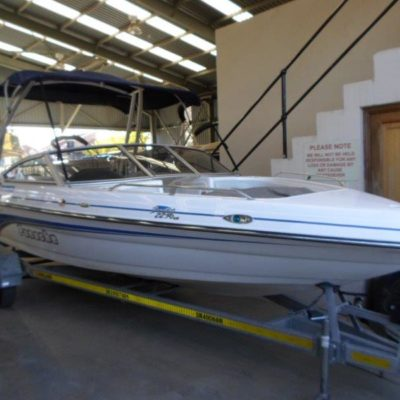 Panache-2250LX-inboard
