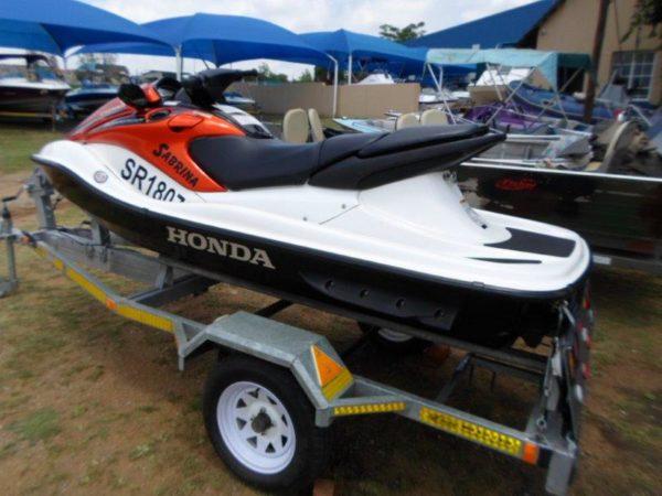 Honda-Aquatrax-F-12X
